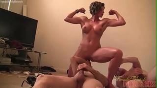 Female muscle porn star dominant-bitch amazon is masturbating