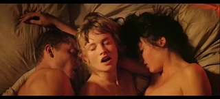 A scene of 3some