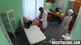 Hot golden-haired patient getting screwed by her doctornjury 720 4